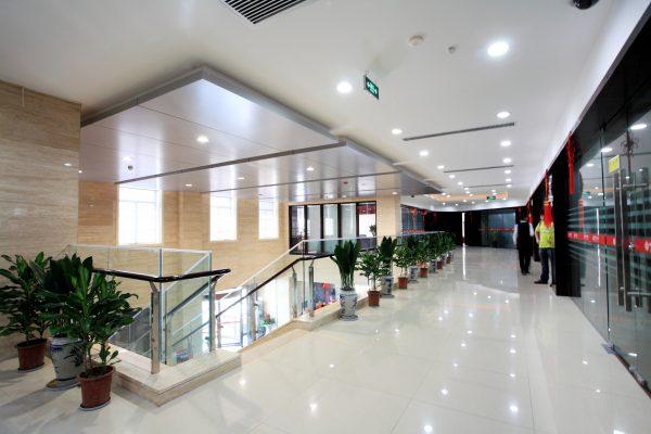 panel led redondo oficina